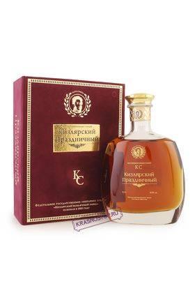 Праздничный КС Кизлярский коньяк марочный 15 лет, 0,75 л в подарочной коробке